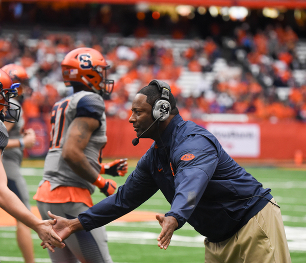 Syracuse football training camp blog: SU lines up for 11-on-11 drills, Servais stays limited